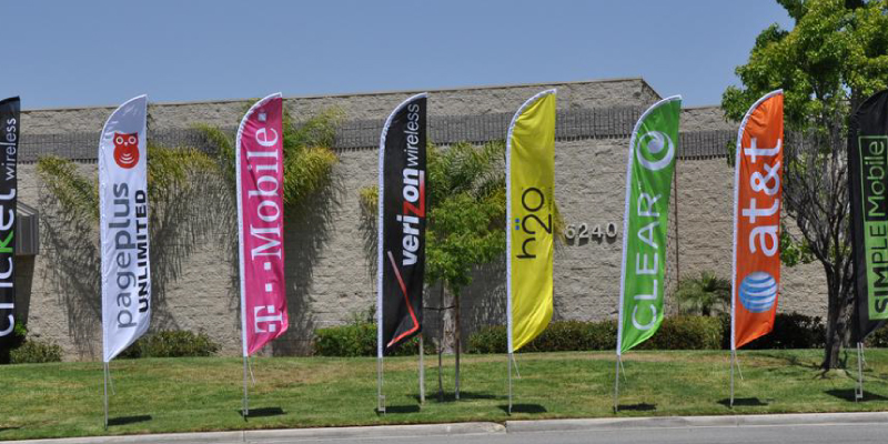 T-mobile feather flags live image