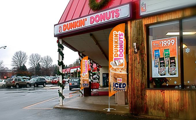 Dunkin Donuts Flags & Signs