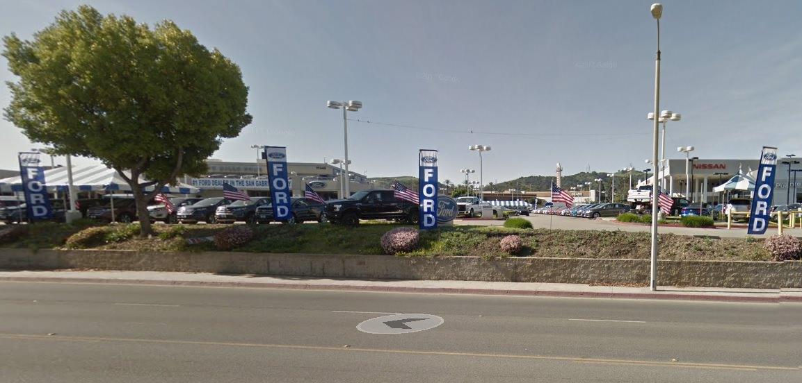 auto dealer supplies car flags