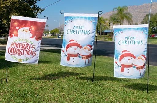 merry-Christmas-garden-flags
